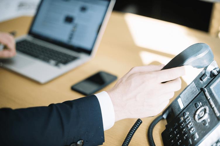 Se Apresentar Como Corretor de Imóveis: Telefone