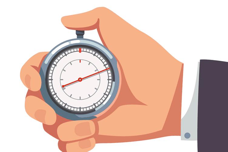 mão do corretor de imóveis com um cronometro para vender um imóvel rápido.