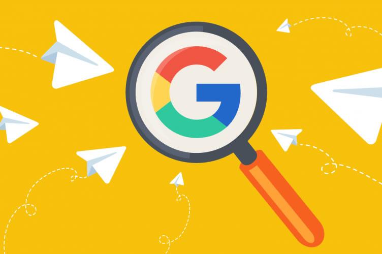 Fundo amarelo com uma lupa em destaque e o G do Google dentro da lupa. Utilize o SEO para gerar mais leads.