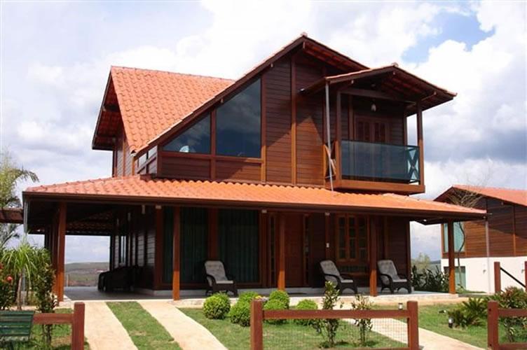 Casa de madeira pré fabricada para loteamentos de alto padrão